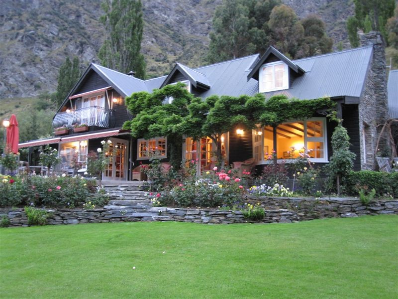 Trelawn Place bed and breakfast accommodation near Queenstown