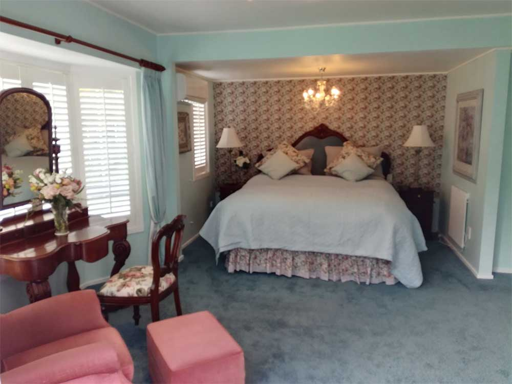 Muffets Room bed and breakfast accommodation